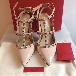 Valentino Garavani Rockstud Patent Leather Sling